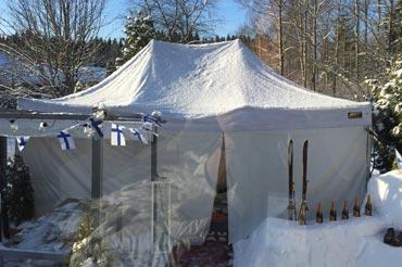 Terassilta teltalle